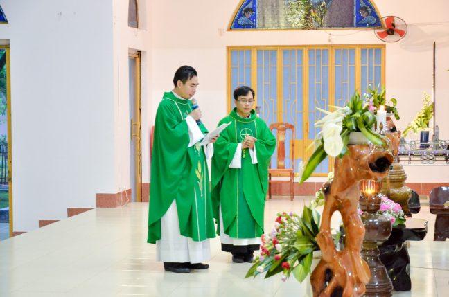 Lời cảm ơn của Cha Phó Giuse Nguyễn Ngọc Quốc Huy và Cha mới Giuse Nguyễn Quốc Tĩnh